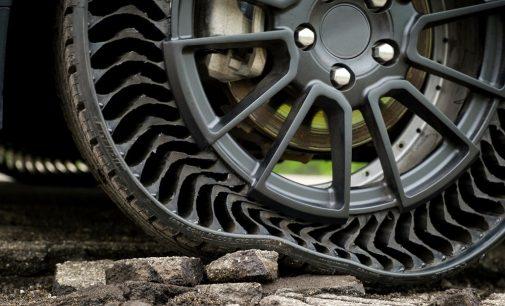 Padangos, kurios neprakiūra, šį kartą bus skirtos serijiniams automobiliams