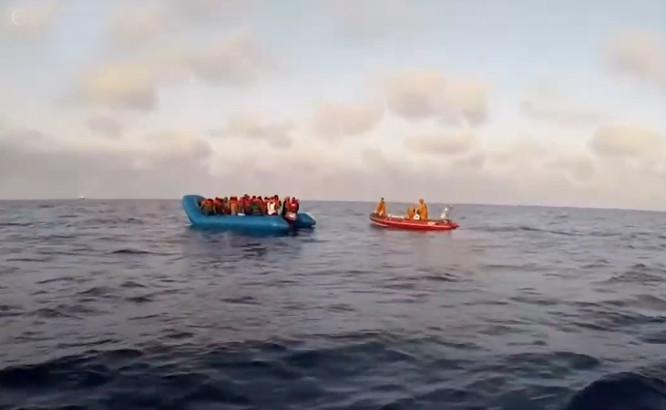 Migrantų valtys