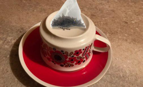 Arbatos paketėliai užteršia jūsų arbatą milijardais plastiko dalelių