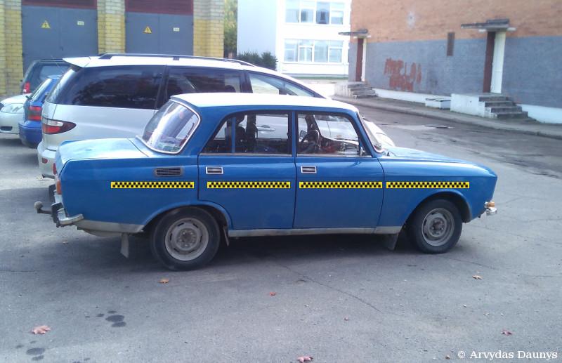 Taksi automobilis Moskvič
