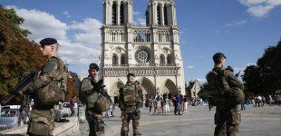 Prancūzijos teismas nuteisė penkias islamą priėmusias moteris, bandžiusias susprogdinti Paryžiaus Dievo Motinos katedrą