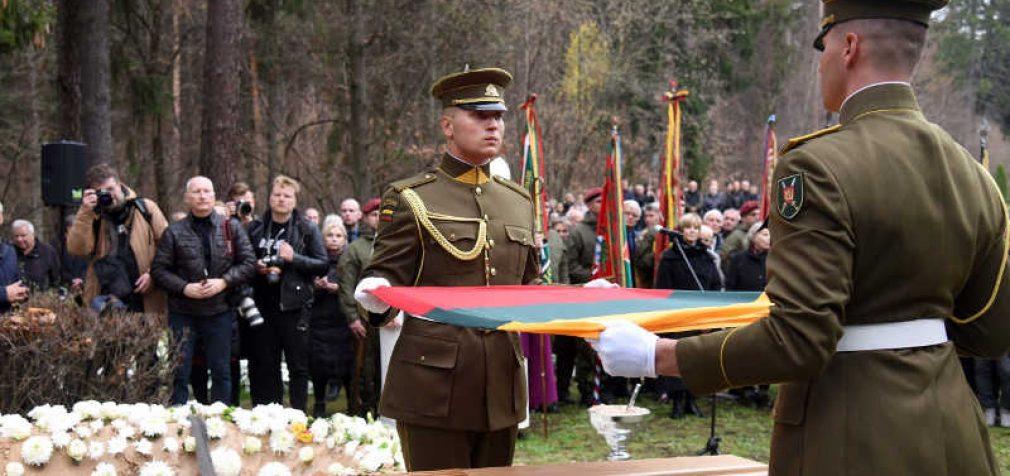 Lietuva atsisveikino su paskutiniu, aktyviai besipriešinusiu okupacinei valdžiai partizanu, Antanu Kraujeliu