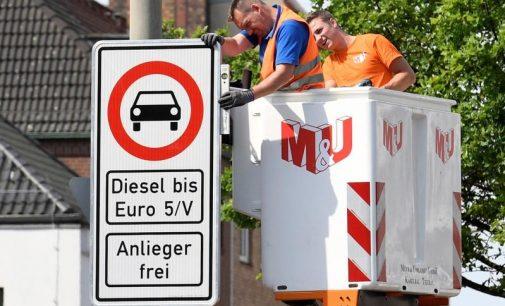 Vokietijoje jau galioja patvirtintos dyzelinių automobilių uždraudimo taisykles
