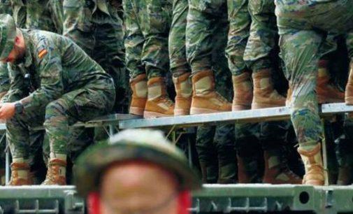 NATO kariškių testas optimizmo nepridėjo –  jie lengvai išplepa paslaptis internete