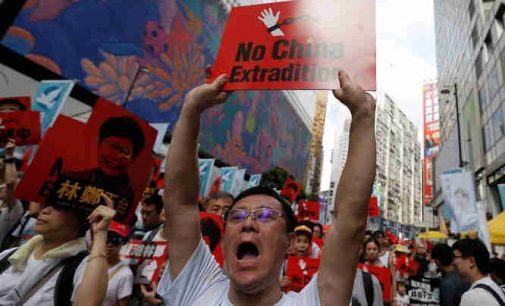 Honkongas pasiekė savo: valdžia atšaukė įstatymo projektą iššaukusį masinius protestus