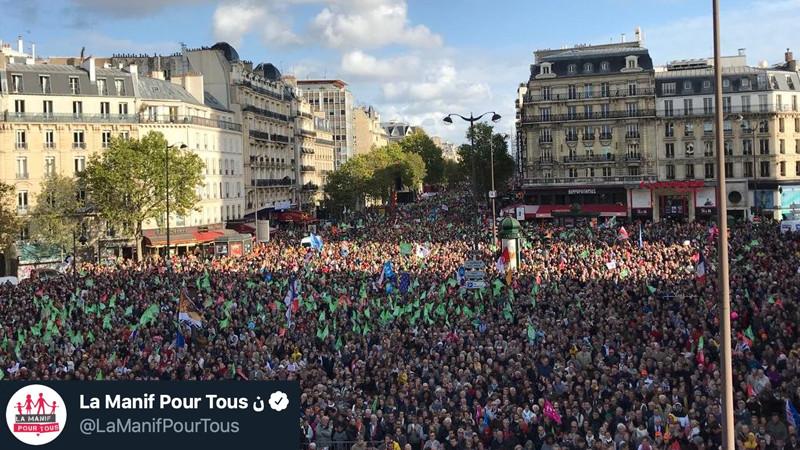 Šeimos, tėvo ir motinos palaikymo maršas Paryžiuje