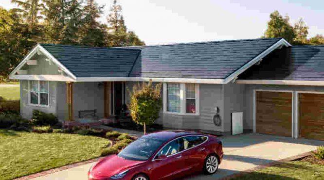Tesla saulės baterijų stogai