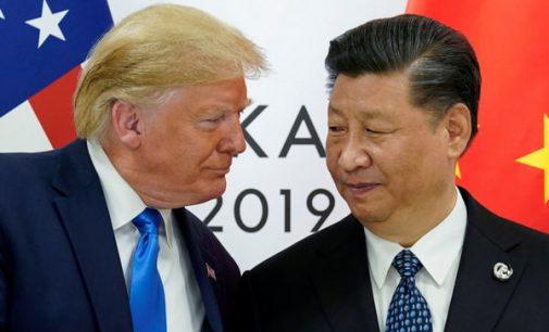 """JAV ir Kinija pasiekė preliminarų susitarimą dėl paliaubų """"prekybos kare"""""""