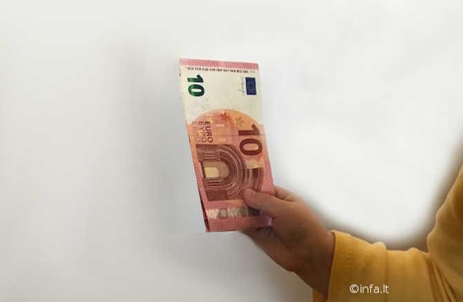 Vaiko pinigai - 10 eurų