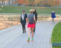 Bėgimas padeda atitolinti mirtį jau nuo pirmojo kilometro