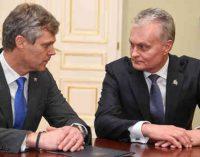 Lietuva su Rusija apsikeitė už šnipinėjimą nuteistais piliečiais