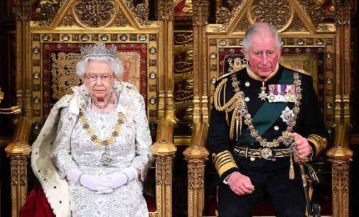 Britanijos žiniasklaida pranešė apytikslę karalienės atsisakymo nuo sosto datą