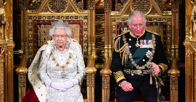 Karalienė Elžbieta II ir Velso proncas Čarlzas