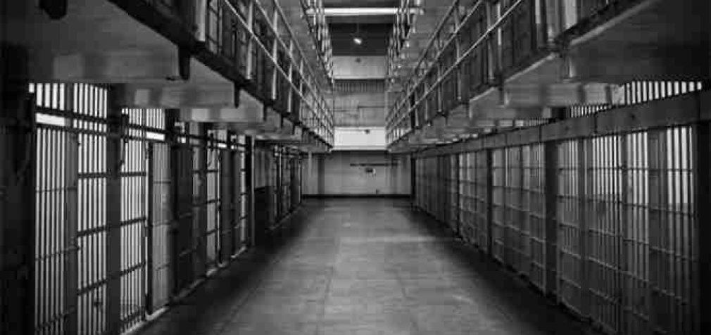 Už 10 eurų įkainotą psichotropinę tabletę – 2 metai 8 mėnesiai kalėti