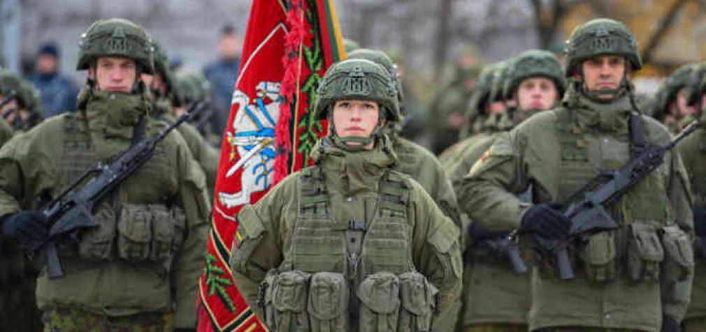 Lietuvos prezidentas: mūsų kariuomenė – nepajudinamas mūsų nepriklausomybės ramstis