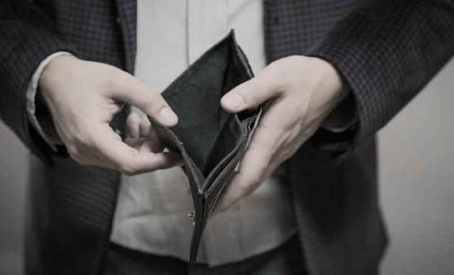 Siūloma įstatymo pataisa, pagal kurią mažos įmonės mokesčius mokėtų tik gavusios apmokėjimą