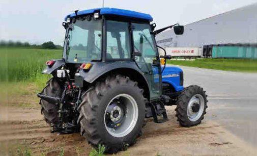 """Žemdirbio įsigytas traktorius ar kita savaeigė ūkio priemonė bus apmokestinama iki 600 eurų """"taršos mokesčiu"""""""