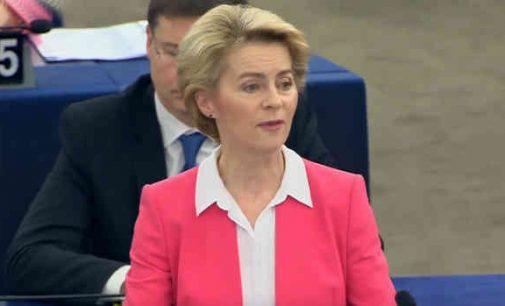 Europos Parlamentas patvirtino naują Europos Komisijos sudėtį