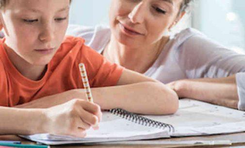 Nuo rugsėjo mokinius bus galima ugdyti šeimose