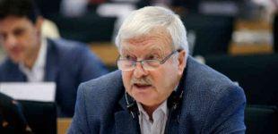 Bronis Ropė: Laikinai reikia reguliuoti maisto kainas