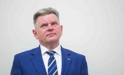 Opozicijai ministras Jaroslavas Narkevičius yra tarsi rakštis vienoje vietoje ir tikrai ne dėl pietų Abu Dabyje