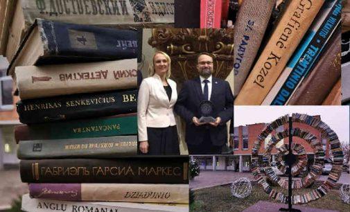 Dėl viešo knygų gadinimo Trakuose Naglis Puteikis kreipėsi į Seimo Kultūros komitetą