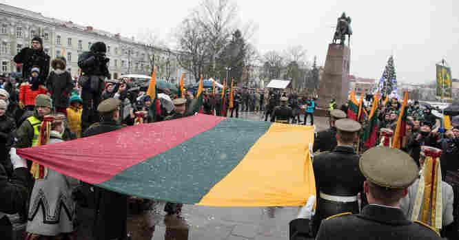 Lietuvos vėliavos iškėlimo ceremonija
