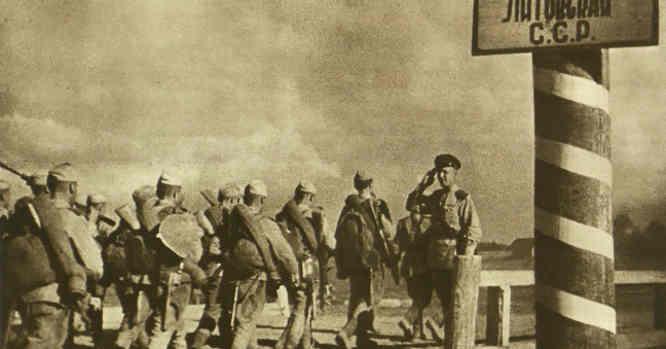 16 Lietuvos divizija įžengia į LIetuvą