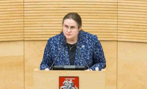 """Agnė Širinskienė: """"koks teisės aktas leidžia konservatoriams Konstitucinio Teismo pirmininką paversti asmeniniu konsultantu?"""""""