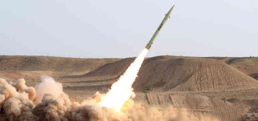 Iranas atakavo JAV bazes Irake