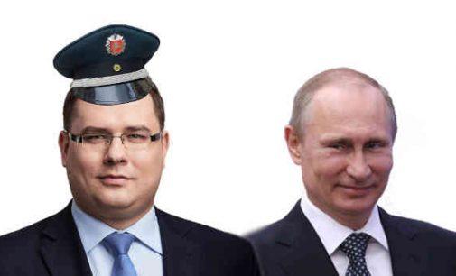 """Seimo konservatorius siūlo įtraukti į sankcijų sąrašą """"Rusijos trolių"""" vadovą ir jo lėktuvą"""