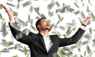 """Mokslininkai patvirtino žinomą tezę, kad """"laimė ne piniguose, o jų kiekyje"""""""