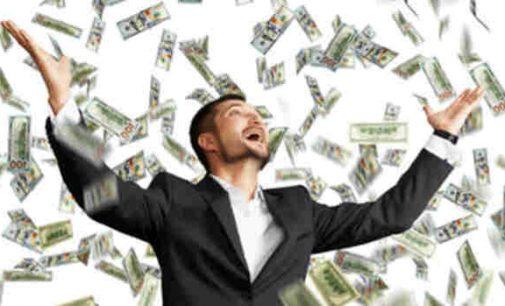 Kai kurie milijonieriai JAV nori mokėti daugiau mokesčių