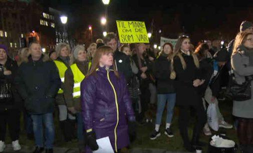 Norvegija: protestai prieš Instagram savižudžių grupę