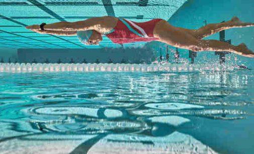 Mokslininkai: chloruotas baseino vanduo gali sunaikinti Covid virusą per 30 sekundžių – tai kodėl baseinai uždrausti?
