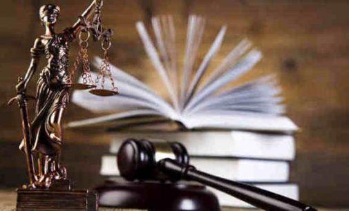 Daug triukšmo sukėlusi žinia apie teisėtvarkos pareigūnų suėmimą pradeda slopti – įtariamiesiems skirtos kitos kardomosios priemonės