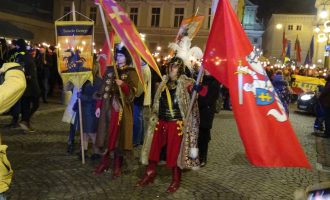 Deglų jūra. Vasario 16-osios eitynės Vilniuje