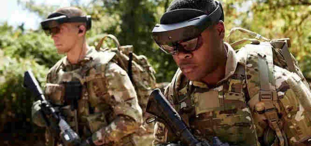 JAV kariuomenė pradės masiškai naudotis mūšyje papildytos realybės akinius
