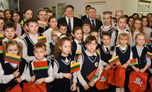 Lietuvos ir Baltarusijos užsienio reikalų ministrai lankėsi lietuviškame Gervėčių krašte Baltarusijoje