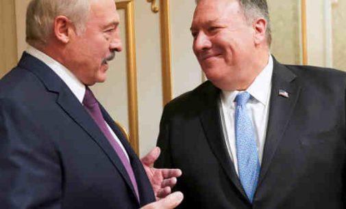 Kaišioja Rusijai pagalius į ratus: JAV pasirengusios aprūpinti Baltarusiją nafta visu 100%
