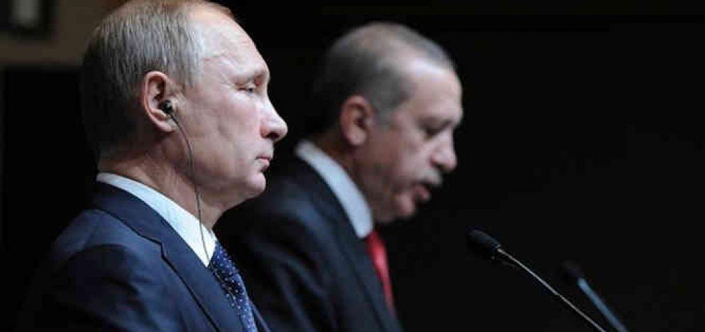 NATO pagalba Turkijai užblokuota, o Rusija paprašyta nesikišti į Turkijos reikalus