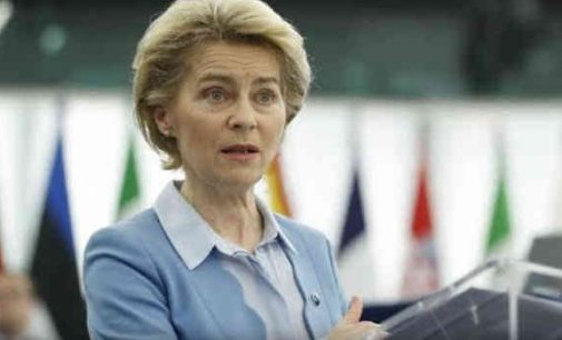 Bundestage dėl korupcijos bylos bus apklausta Europos Komisijos vadovė Ursula von der Leyen