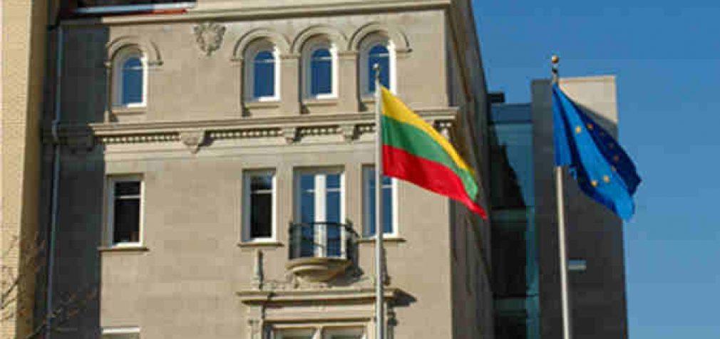 Negalintiems savarankiškai grįžti iš užsienio piliečiams – visos Lietuvos atstovybės užsienyje pradeda registraciją