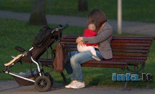 Valstybinė įmonė įšmetė iš darbo kūdikio susilaukusią mamą