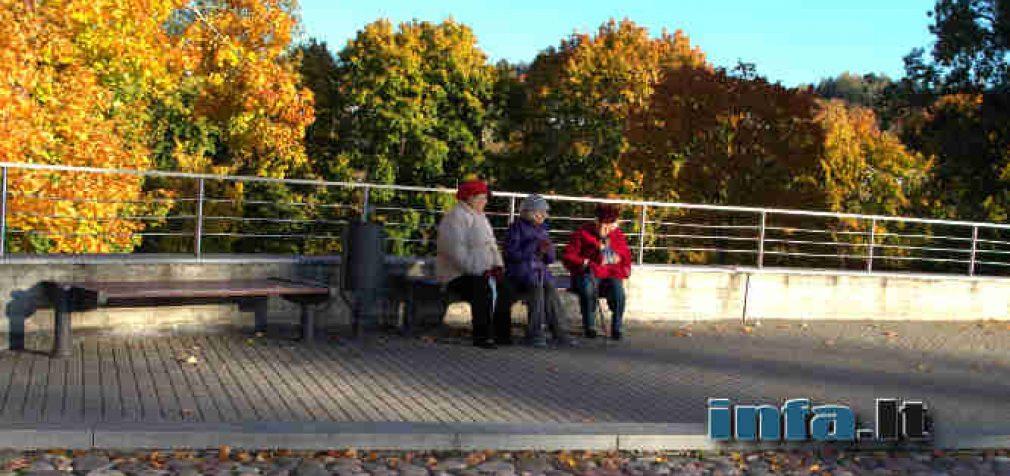 Siekiant išvengti grėsmių keičiasi tvarka parkuose ir kitose viešose erdvėse