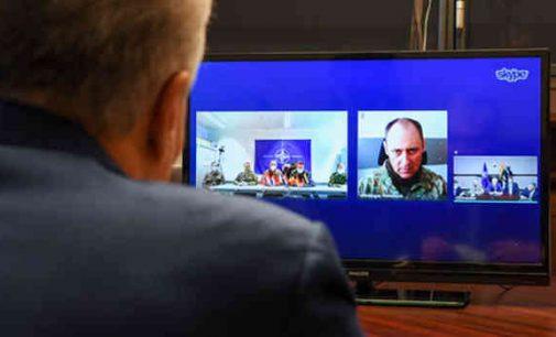 Gitanas Nausėda reiškia paramą nuo COVID-19 nukentėjusiai NATO priešakinių pajėgų bataliono kovinei grupei