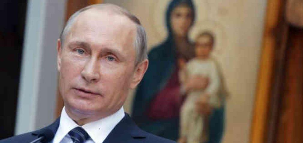 """Putinas pasiūlė konstitucijoje paminėti Dievą ir šeimą """"kaip moters ir vyro sąjungą"""""""