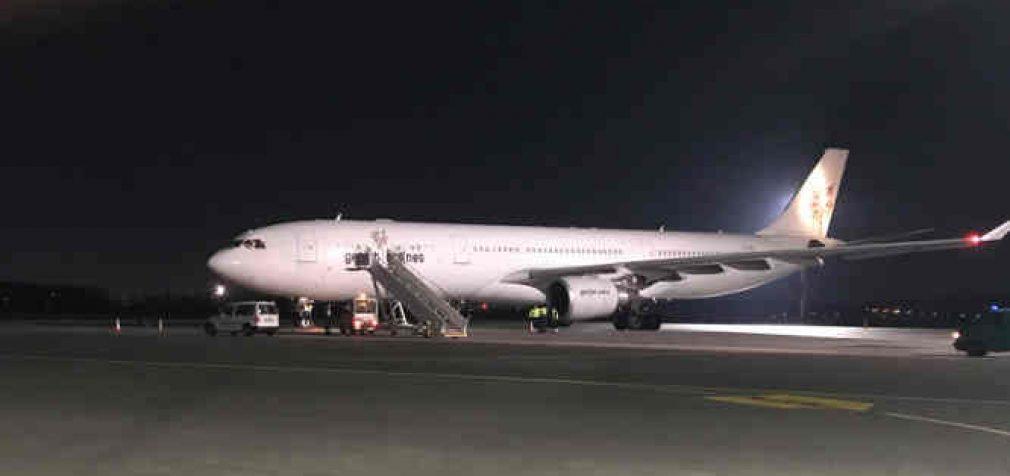 50 tonų asmens apsaugos priemonių pasiekė Lietuvos oro uostus