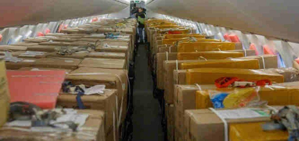 Dar 34 tonos kiniškos apsauginės aprangos medikams