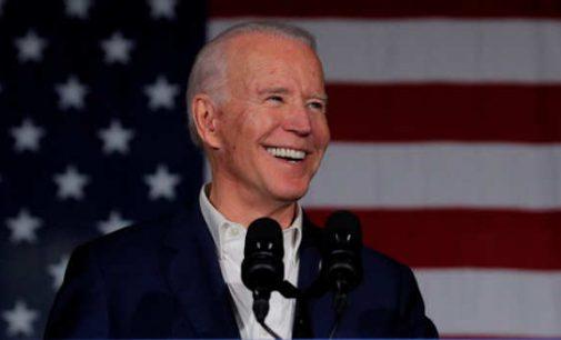 Joe Bidenas ir DNC gegužę surinko 2020 metų rinkimų lenktynėse 80 milijonų dolerių